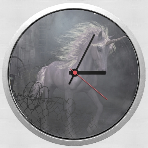 A dreamlike Unicorn walking through a destroyed city para Reloj de pared