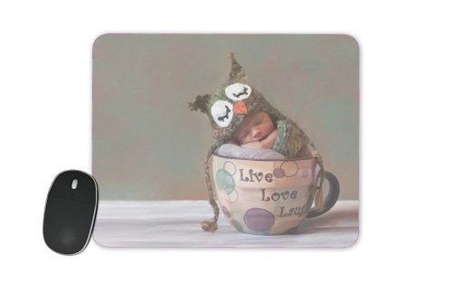 Painting Baby With Owl Cap in a Teacup para alfombrillas raton
